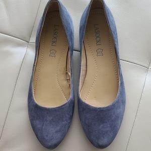 NWOT Lasocki leather grey pointed toe flats